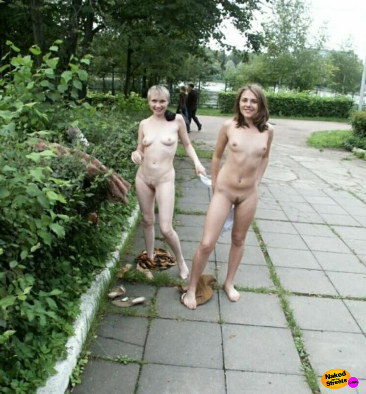 naked for friends ENF, CMNF, Embarrassment and