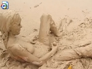 Teen masturbating in mud